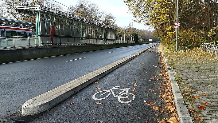 Protected Bike Lane in Bochum